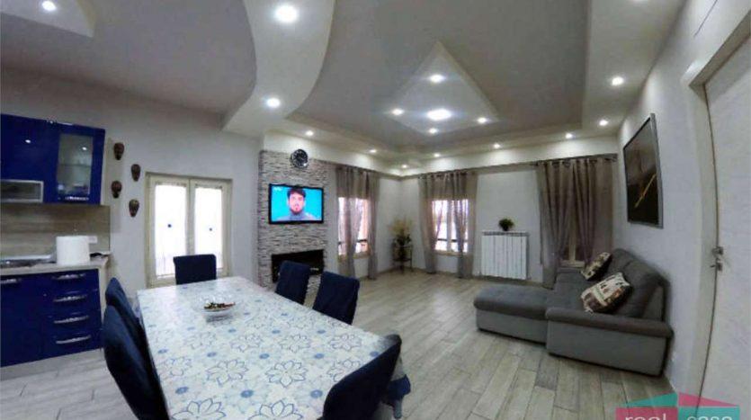 Appartamento Ristrutturato e Arredato VG123
