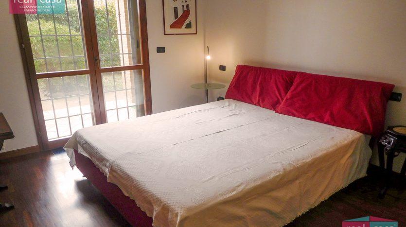 Mini Appartamento Con Giardino VG125_Camera01